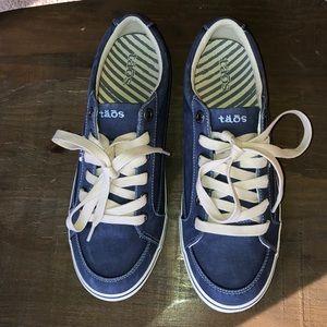 Taos Moc Star Woman's shoe